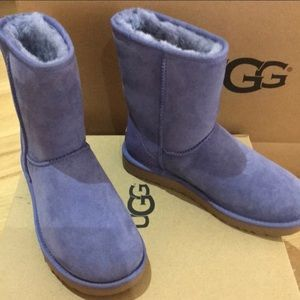 Ugg classic blue boots size 9 nwt